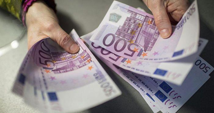 cuantos euros se pueden comprar por mes