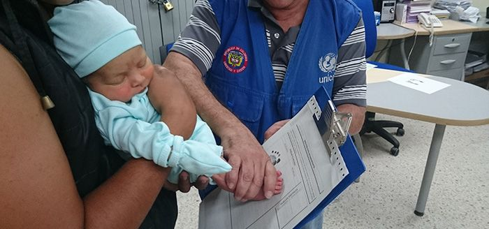 Dónde se registra un bebé recién nacido colombia